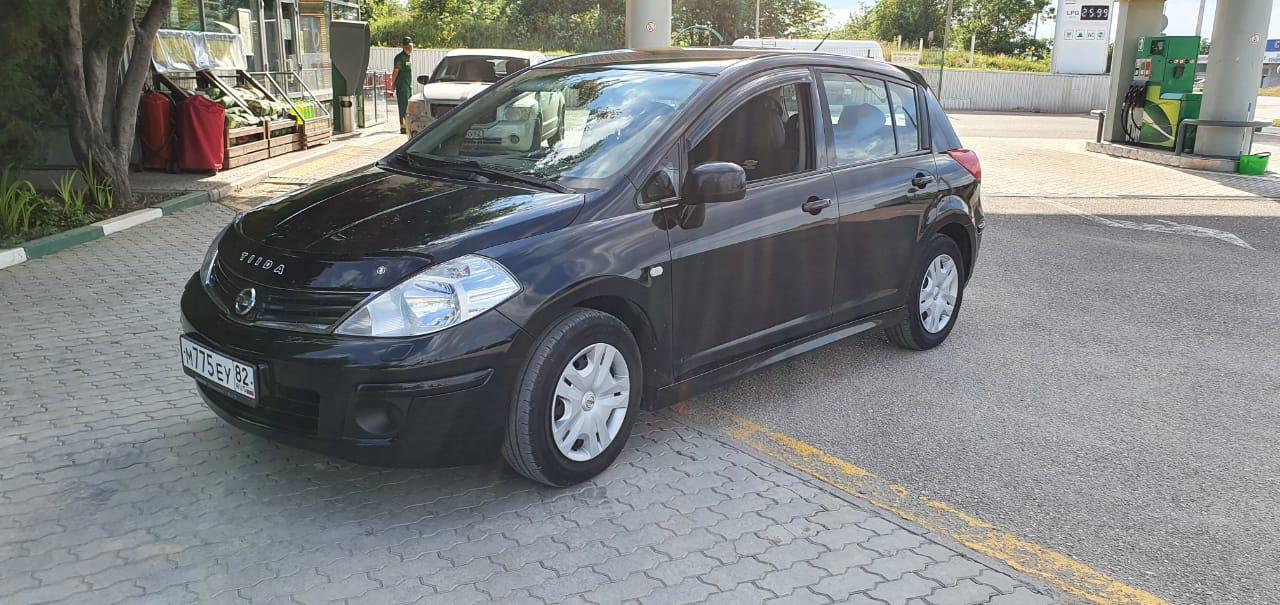 Прокат автомобиля NISSAN TIIDA в Феодосии